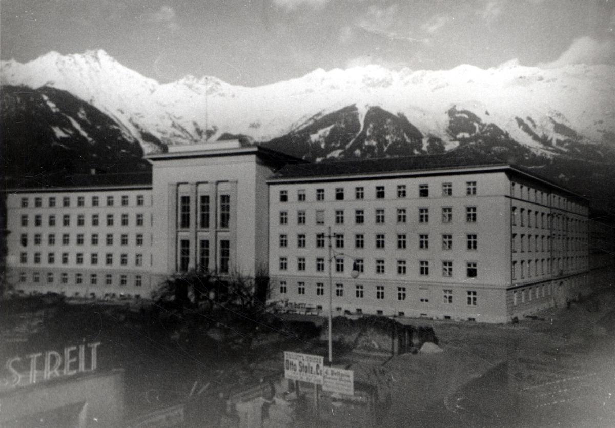 Das fertig gestellte Gauhaus 1939.